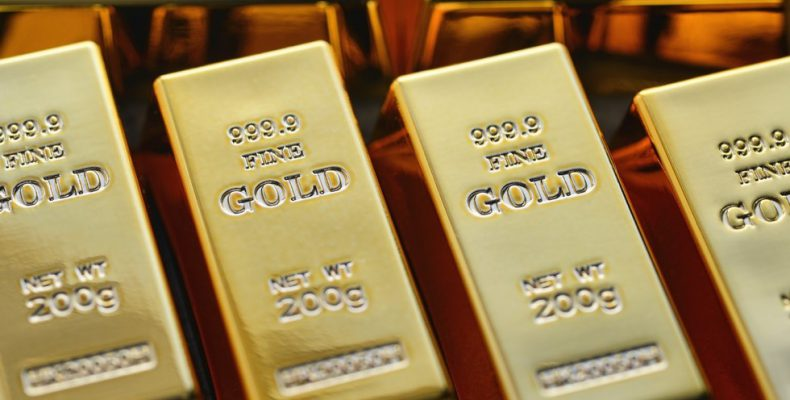 Russia tops global gold buyers list as it turns away from US