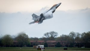 It's some kind of magic… The latest full F-22 Raptor Demo (vid.)